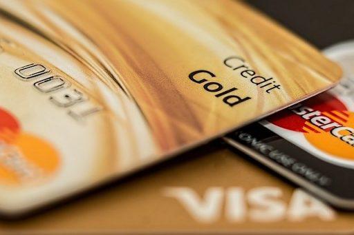 オンラインカジノの入金に使うクレジットカードのイメージ画像